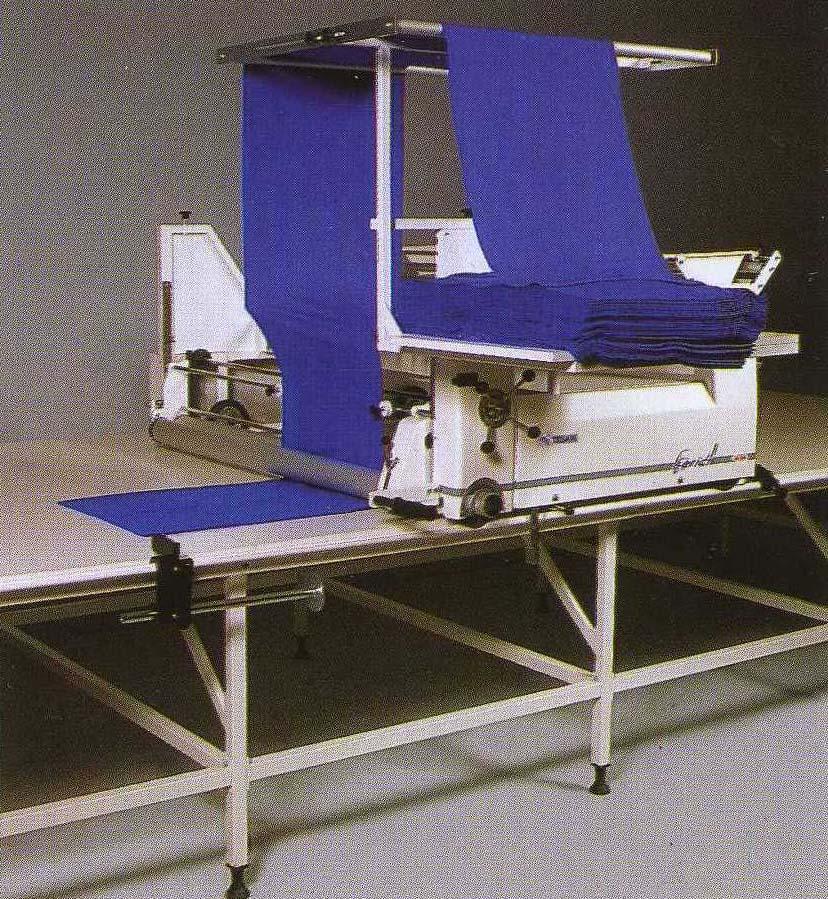Настилочная брикетная машина TS 100 BS